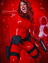 Badass Crimson and her latex porn pics